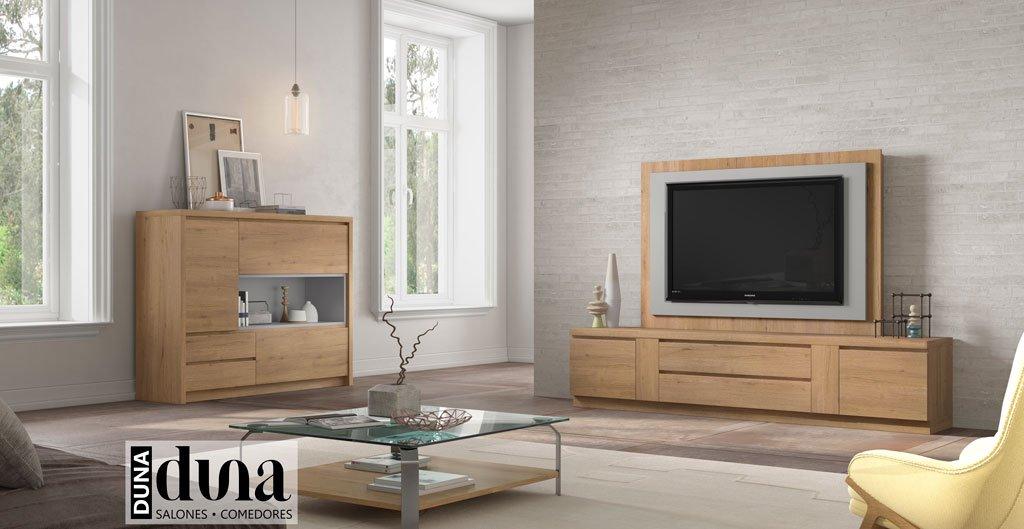 Mueble para la televisión del salón con un aparador como complemento