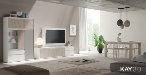 Salón comedor con un mueble TV junto al aparador y la mesa comedor extensible