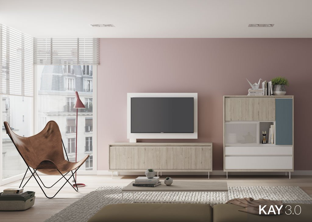 Salón moderno con un mueble TV junto al aparador vitrina