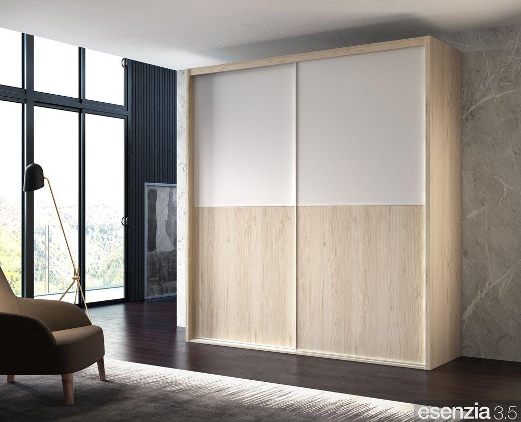 Armario de dos puertas correderas en color Bambú y Blanco en el panel superior