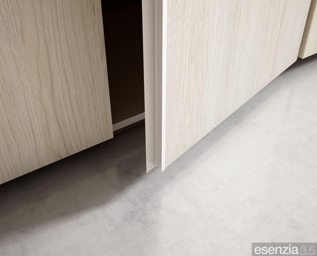 Detalle del tirador de la puerta batiente del armario