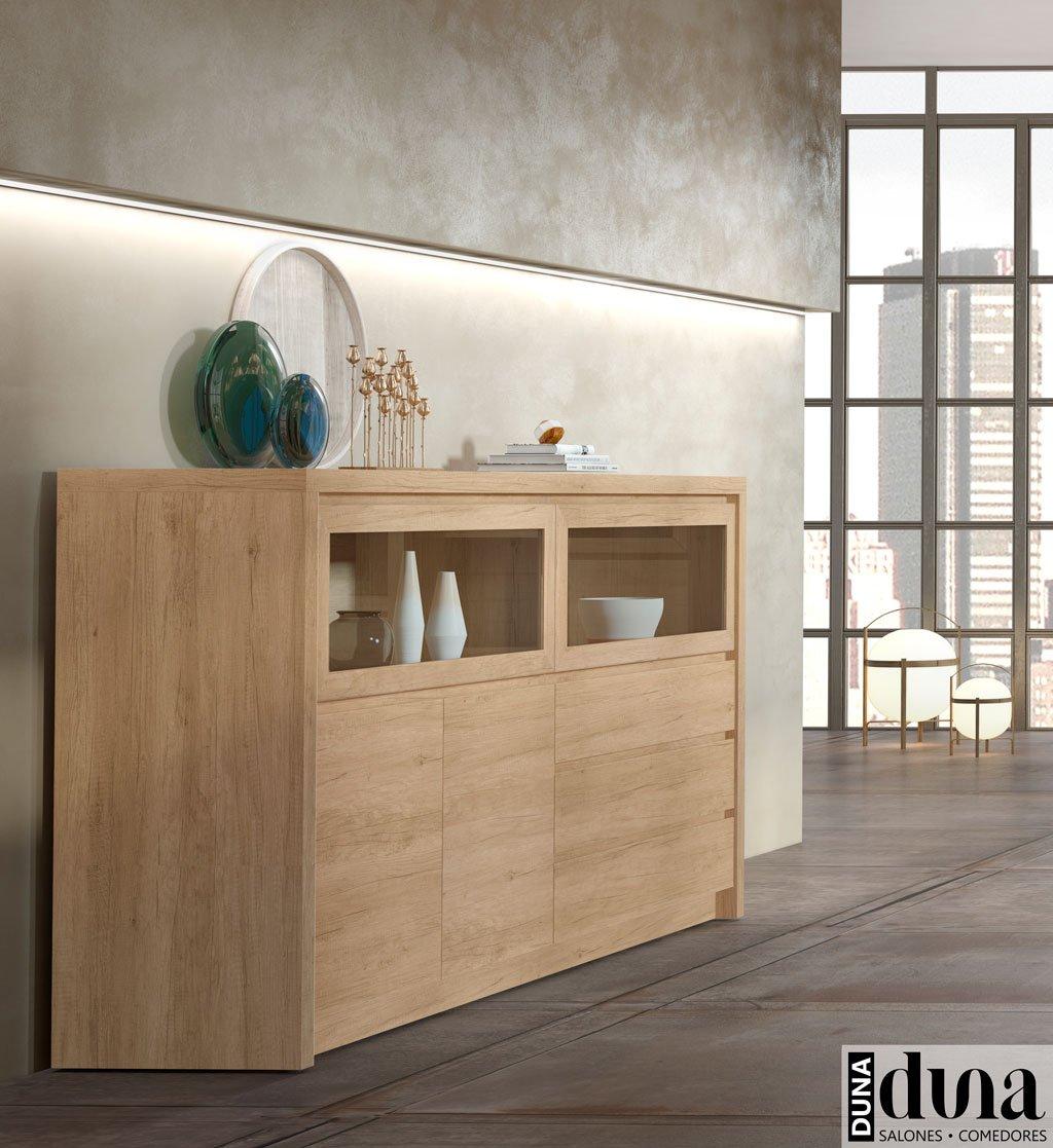 Aparador salón en color Teka con vitrinas horizontales