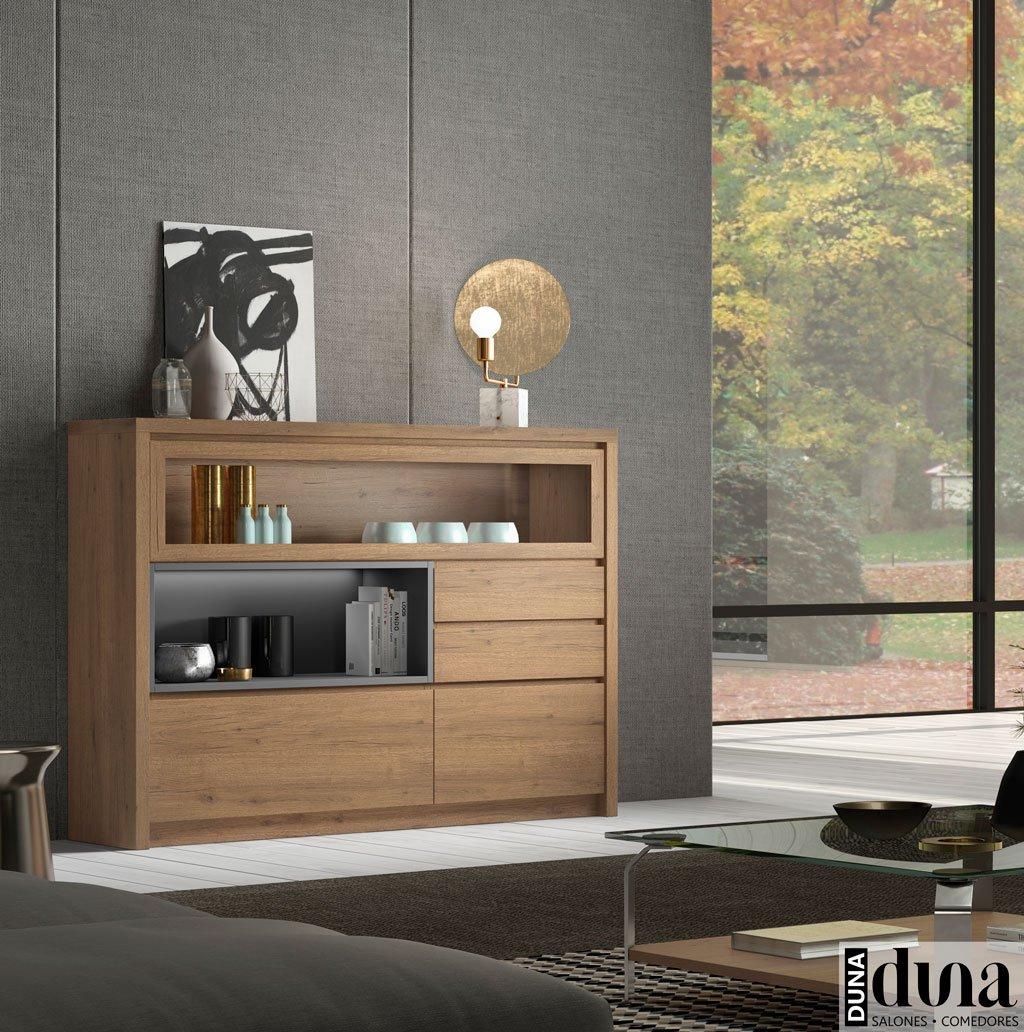 Mueble aparador muy robusto con luz en el interior