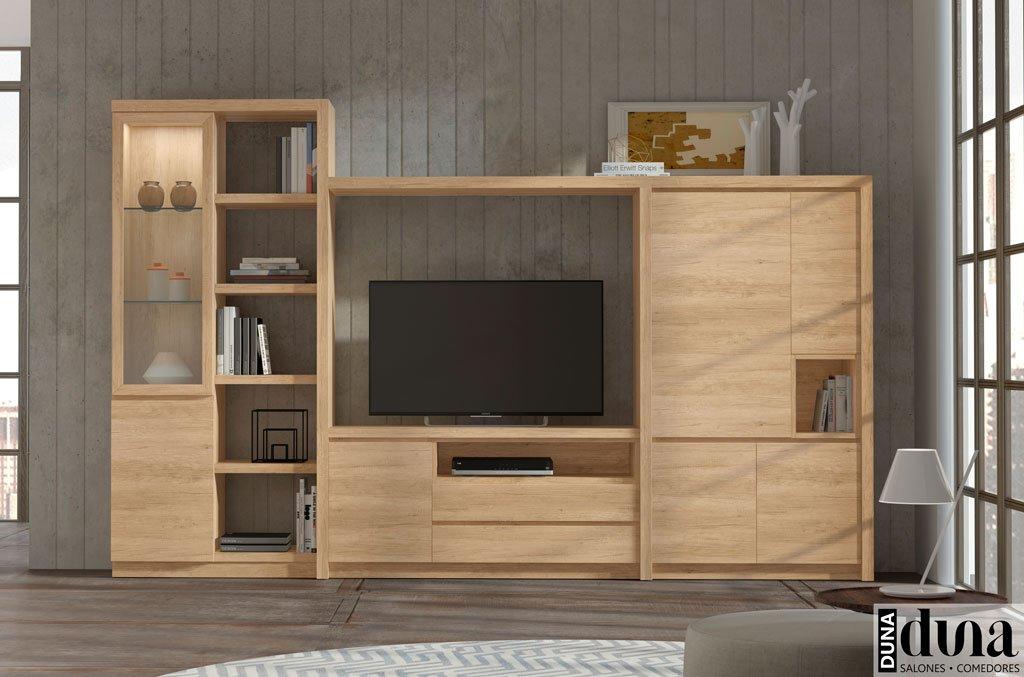 Mueble de salón en color Teka con vitrina vertical