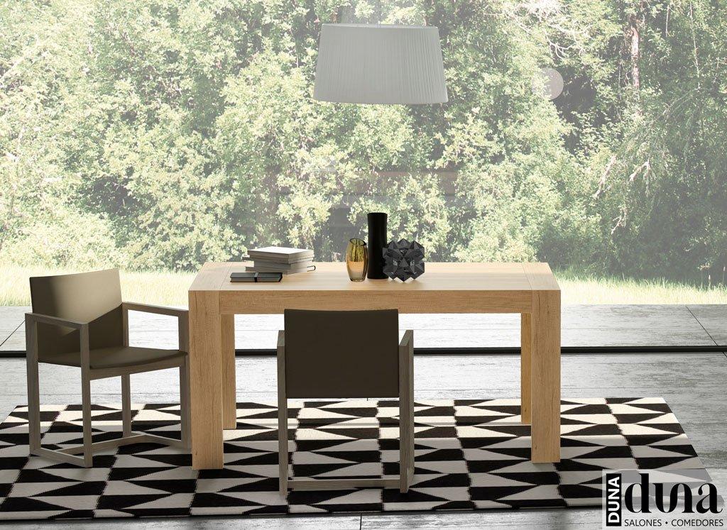 Mesa extensible para el comedor modelo U en color Teka